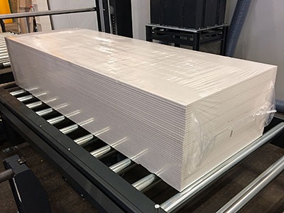 6-sided packaging of plasterboards